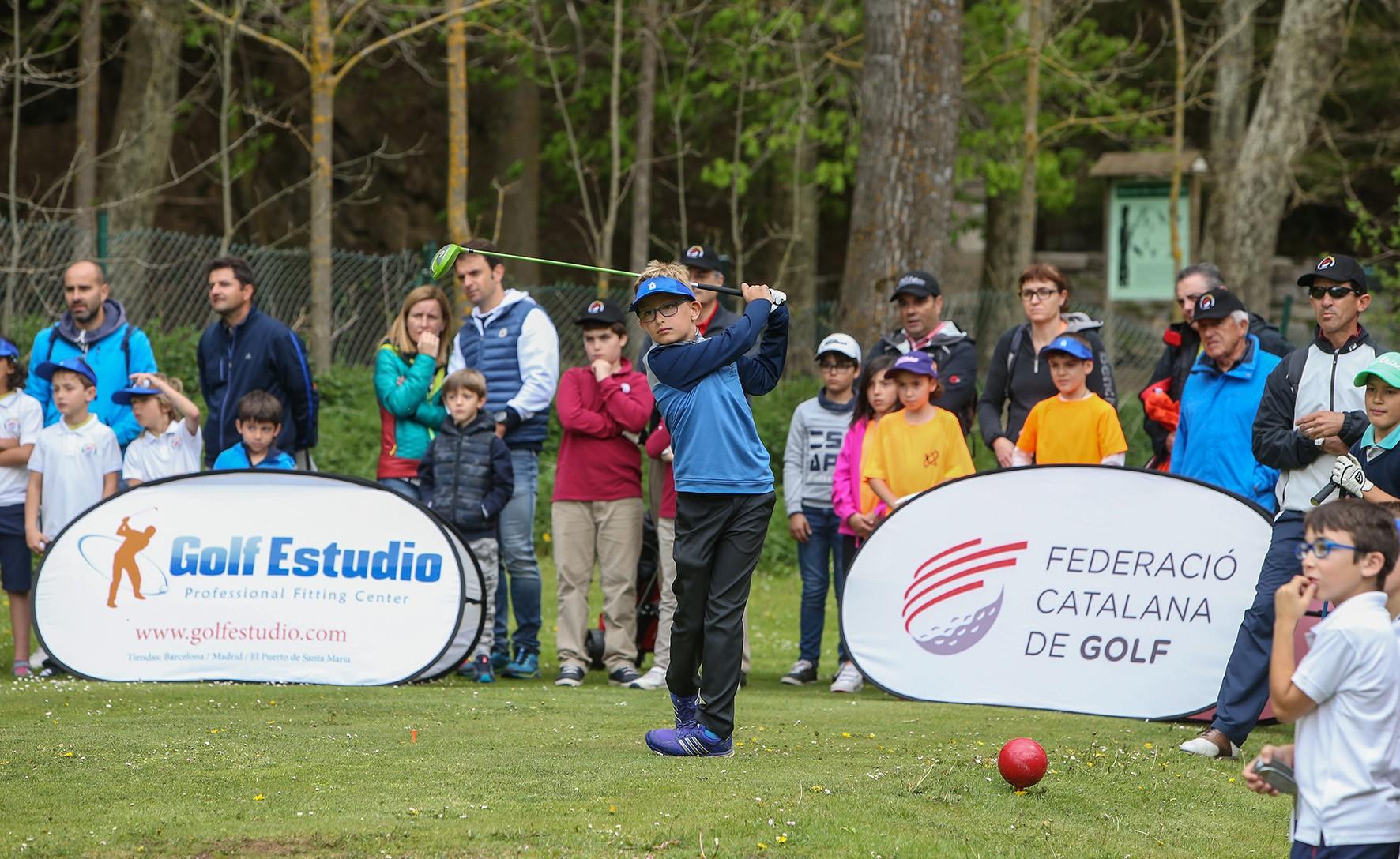 5e-torneig-golf-a-les-escoles-1
